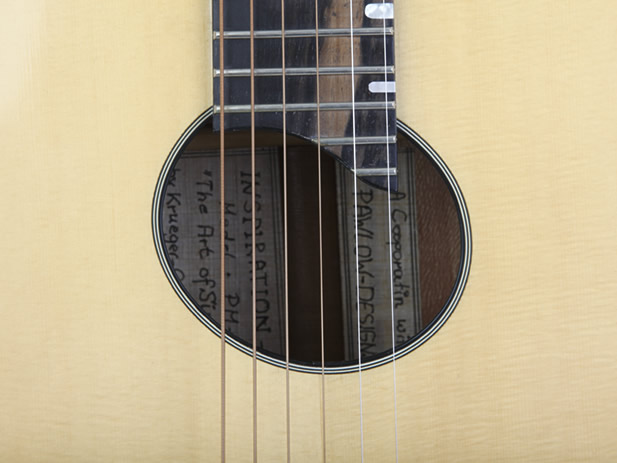 Blondie VI model soundhole