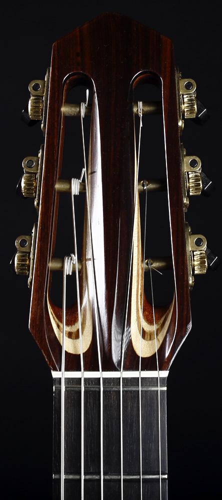 Django akustisches Modell Kopfplatte Vorderansicht