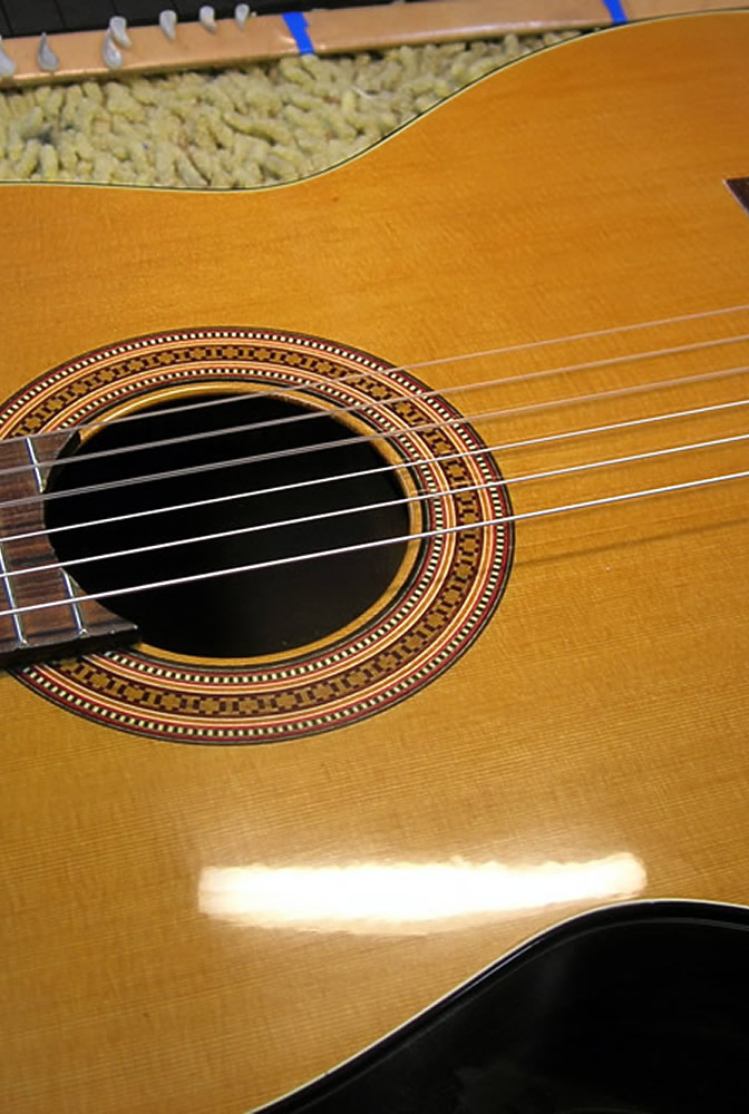Takamine CP 132 CS body re-finished