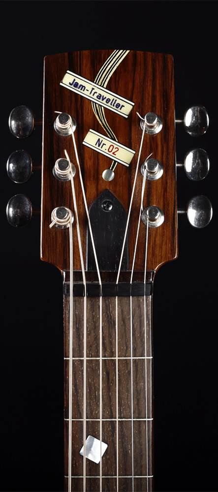 Traveller Slide Edition headstock front view