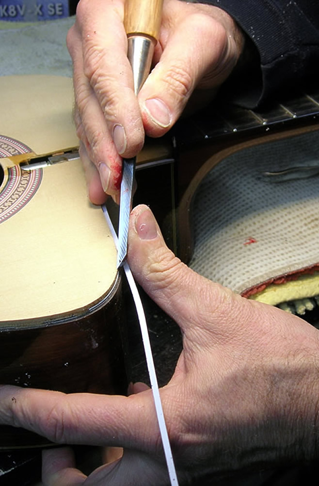 Takamine CP 132 CS applying new edge binding