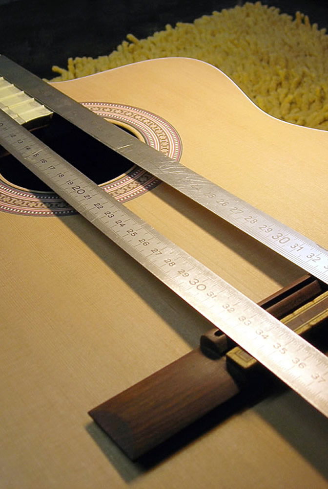 Takamine CP 132 CS setting the bridge position