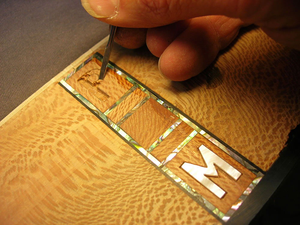 Blondie XII model detailing the clients initials inlay