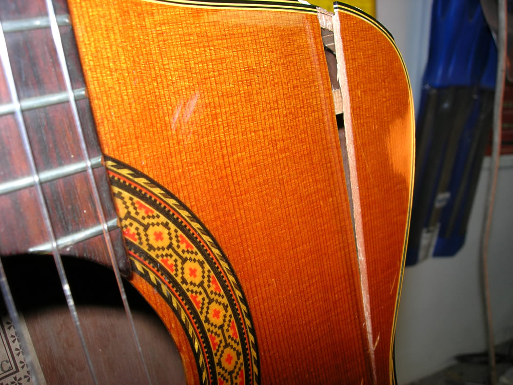 Takamine CP 132 CS body split on the upper shoulder